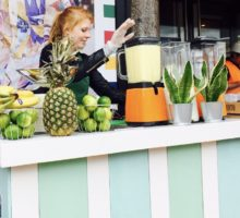 Shakes on Wheels   Smoothiebar – Smoothie catering