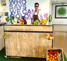Shakes on Wheels Smoothiebar   Smoothie catering